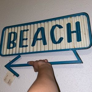 WORLD MARKET beach sign